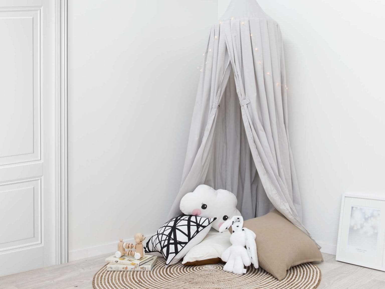 Mia Canopy Kids Playroom