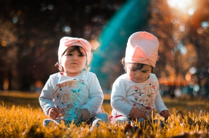 How do i know if im pregnant with twins